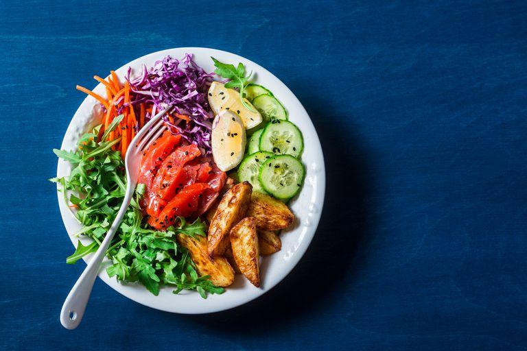 Qué conviene comer cuando hace mucho calor y qué hay que evitar