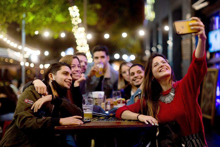 """Entre los jóvenes: ¿vuelve a ser la ciudad """"el lugar en el que hay que estar""""?"""