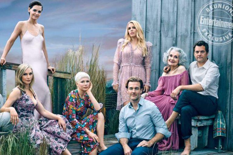 La revista reunió a los actores que formaban parte de la serie adolescente