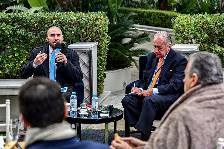 El ministro Martín Guzmán durante la reunión
