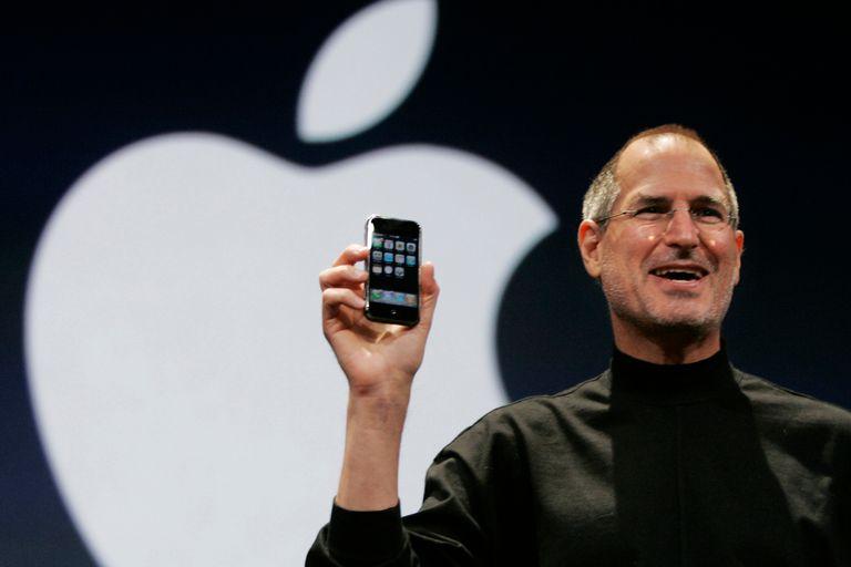 Apple marca un hito: su valor de mercado superó el billón de dólares