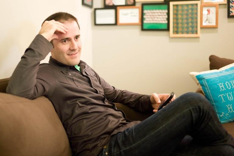 Luego de haber creado Blogger, adquirido por Google en 2003, Williams mantuvo una relación tensa con Jack Dorsey en los comienzos de Twitter
