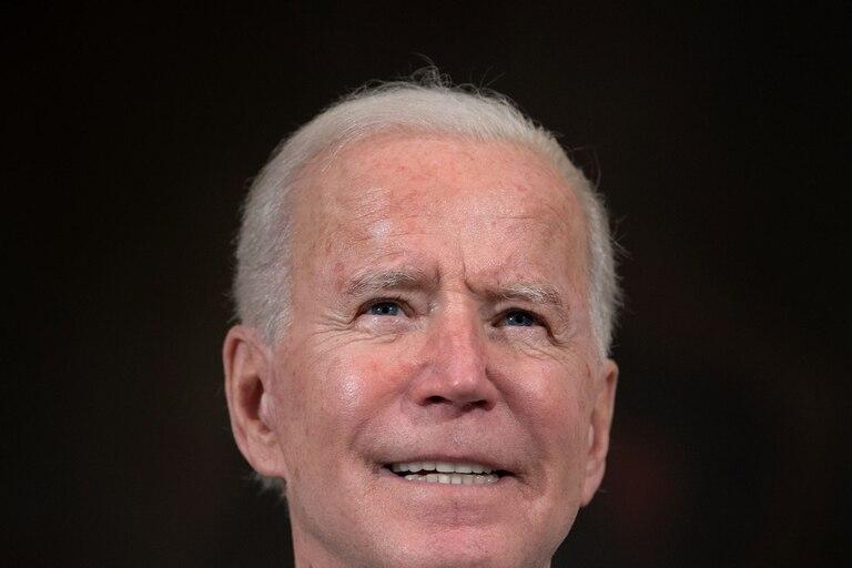 """""""Voy a actuar rápido y me gustaría hacerlo con el apoyo de los republicanos"""", afirmó Biden desde la Casa Blanca después de que el informe de empleo de enero mostrara magras cifras de creación de puestos de trabajo"""