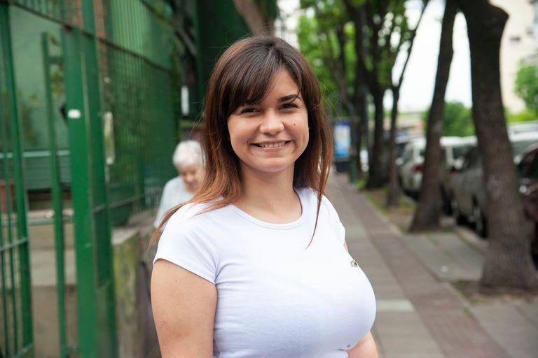 """""""Creeme que si pudiera estaría sentada con la planilla en una mesa"""", dice Zoraida Rivera, una abogada venezolana que ayuda al equipo de Juntos por el Cambio en la Comuna 1"""