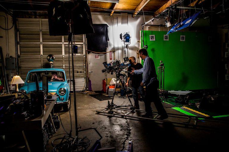 Un equipo prueba la tecnología de Arraiy en las oficinas de la empresa en Palo Alto, California