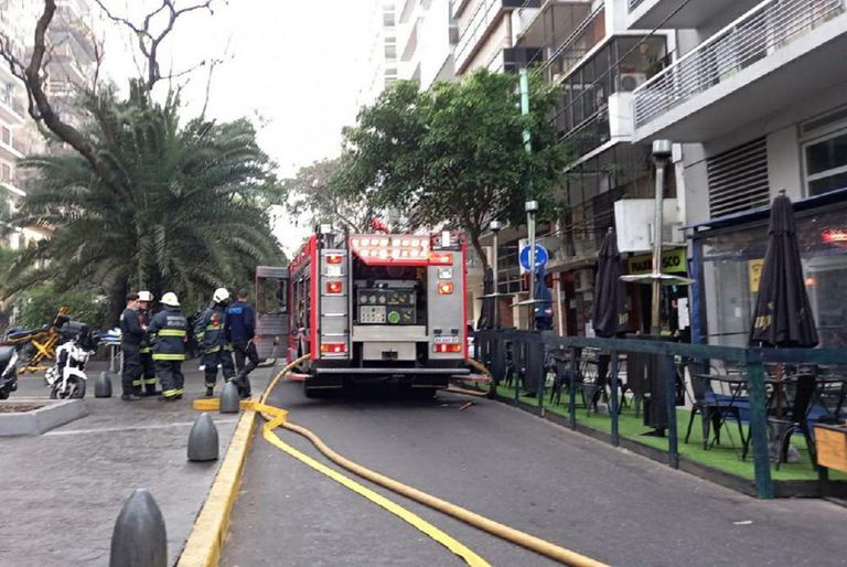 Incendio en un edificio de Palermo, en ugarteche y cerviño