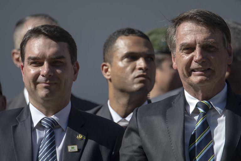 El hijo de Jair Bolsonaro tuiteó contra la selección argentina