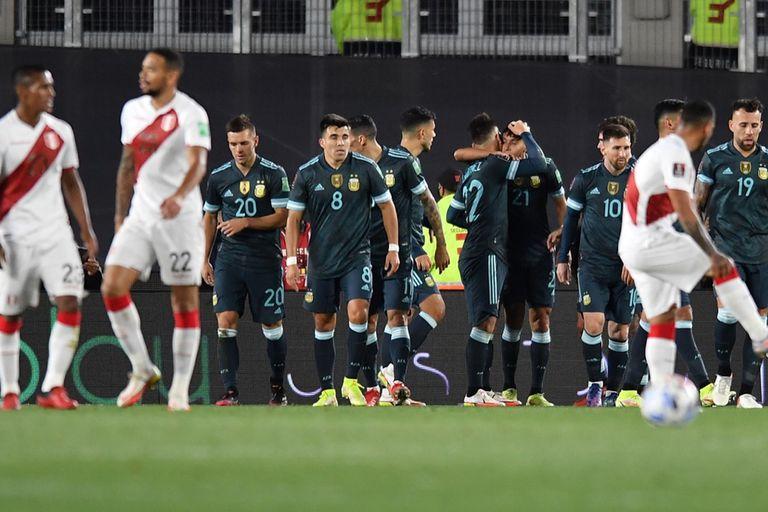 Cómo está la tabla de posiciones de las eliminatorias tras la victoria argentina