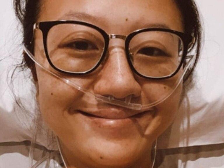 """Karina Gao tuvo que ser inducida a un coma cuando su cuadro de Covid-19 se complicó. Ya fuera de peligro, ahora contó que sus padres vivieron un mal momento durante su hospitalización: """"Quiero concientizar"""""""
