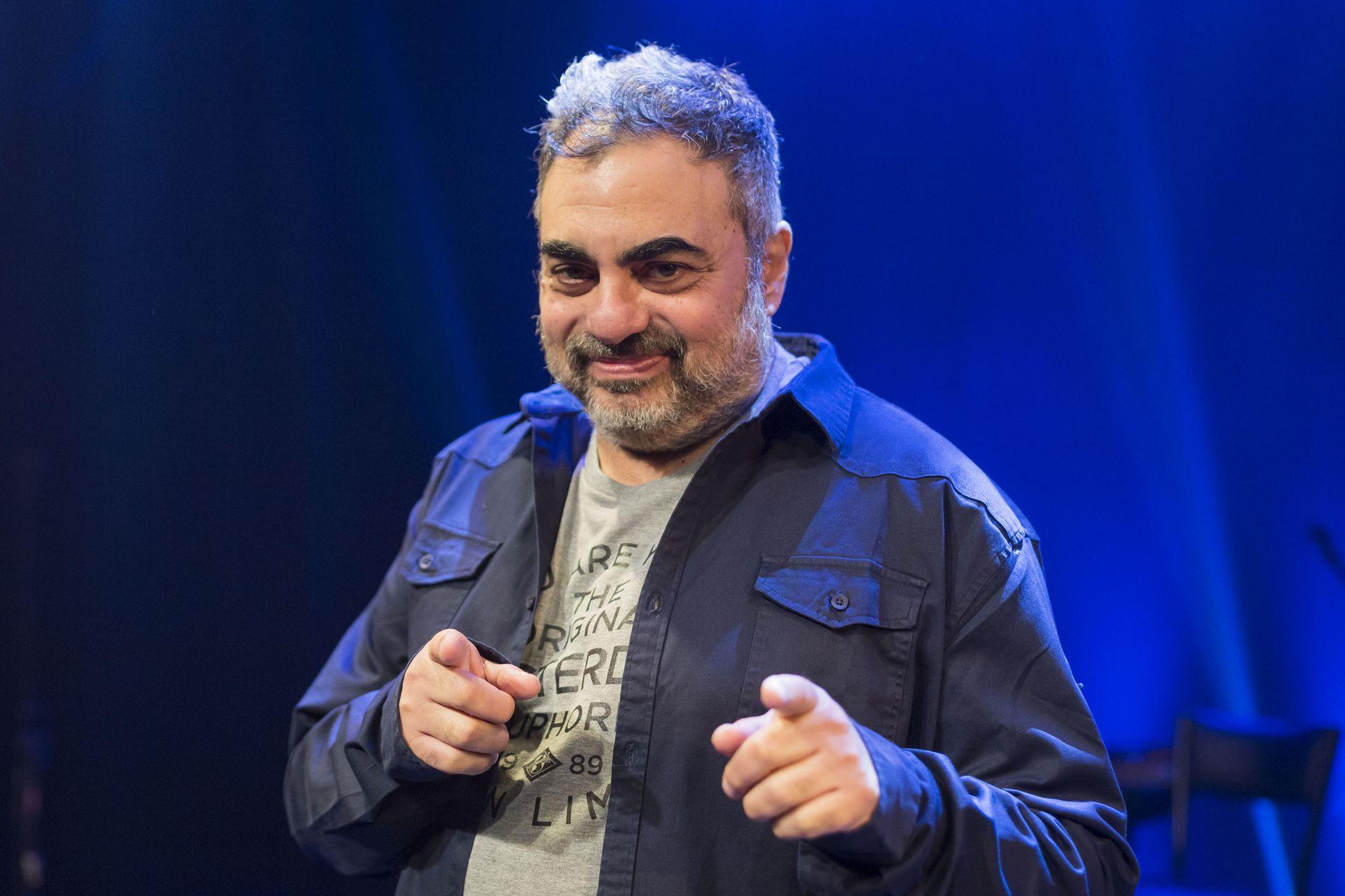 Roberto Moldavsky vuelve a pisar un escenario luego de 18 meses de inactividad teatral