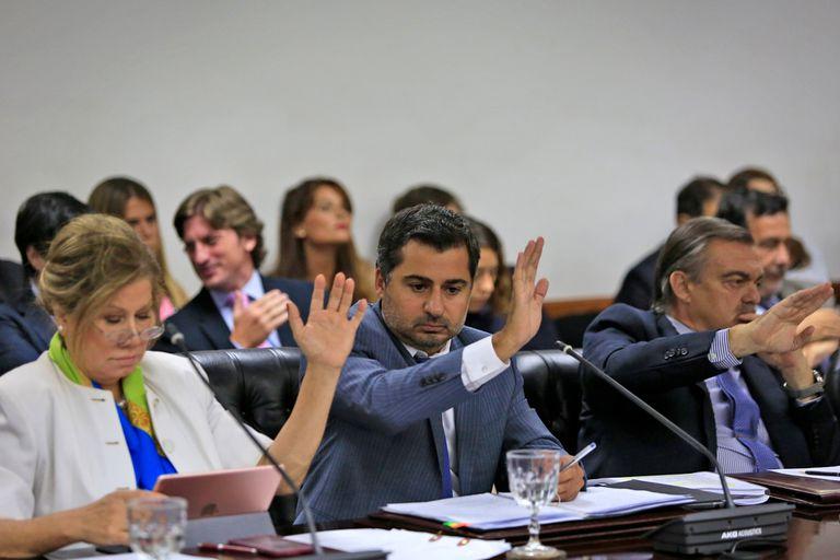 Graciela Camaño, Diego Molea y Alberto Lugones