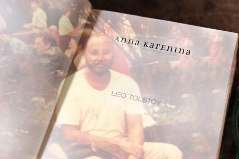 Cómo la obra de León Tolstói le salvó la vida a un preso político en su solitario encierro
