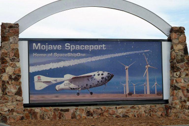 En el Puerto Aeroespacial de Mojave trabajan jóvenes ingenieros