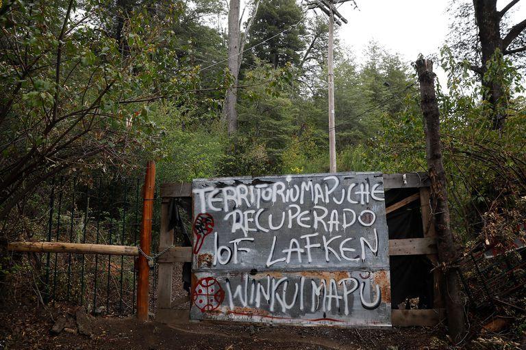 En medio del conflicto mapuche, el oficialismo extenderá el régimen de tierras indígenas