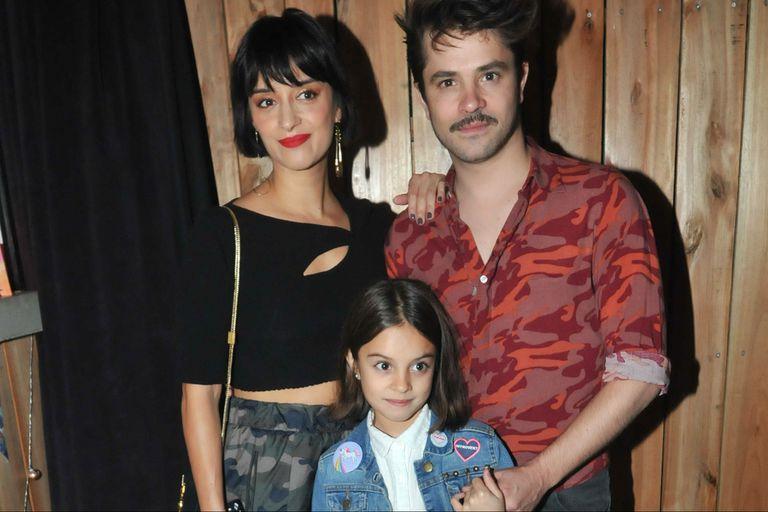 Felipe Colombo junto a su hija Aurora y su mujer Cecilia Coronado