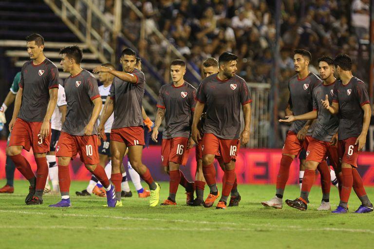 El peor momento de Ariel Holan en Independiente