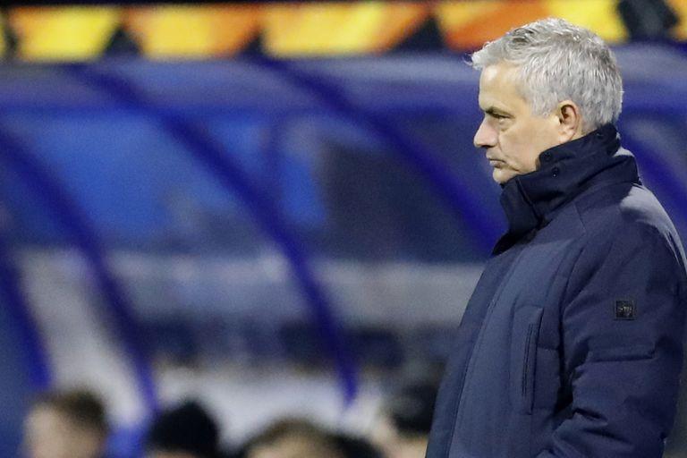 Tras su salida de Tottenham, Mourinho estará al frente de Roma, que pensó antes en Gallardo