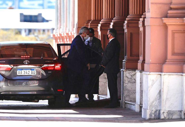 La provincia en la mira: Kicillof, Insaurralde, Máximo y Massa desembarcaron en la Casa Rosada