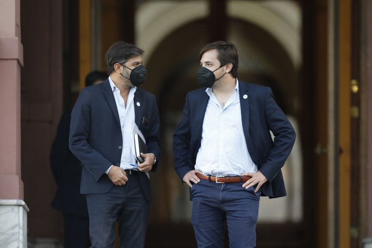 Carlos Bianco y Nicolás Kreplak durante una reunión para abordar la segunda ola de coronavirus, en la Casa Rosada