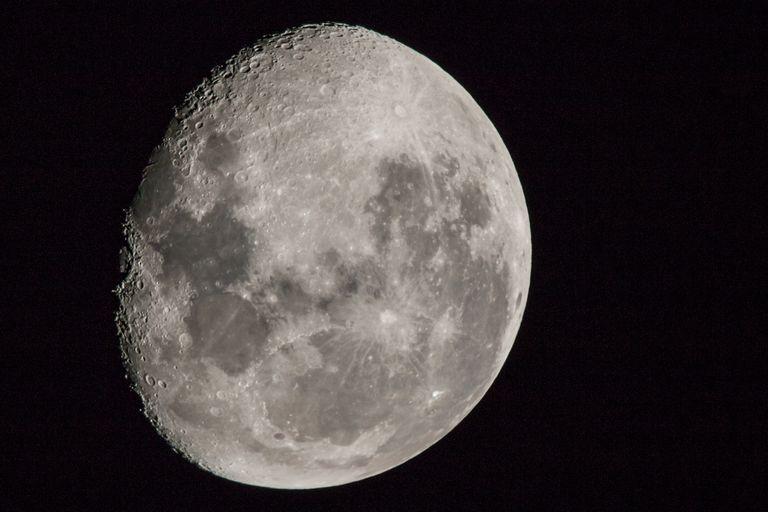 Según un grupo de investigadores de las universidades de Quilmes y de Washington, la Luna llena tiene una incidencia directa sobre el tiempo que dormimos
