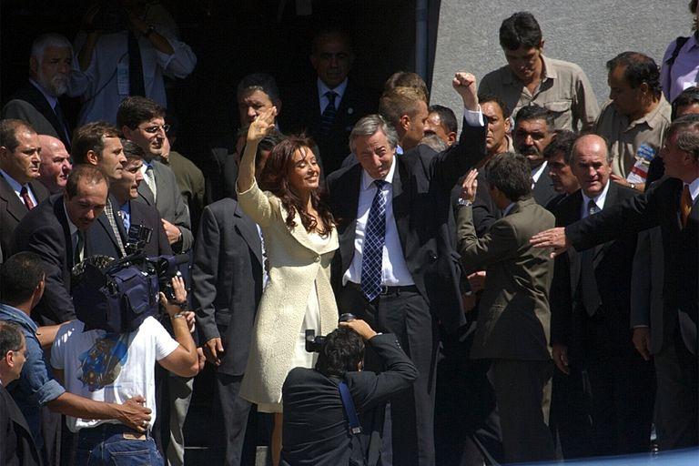 El 1 de Marzo de 2004, Nestor Kirchner inaugura las sesiones legislativas del congreso