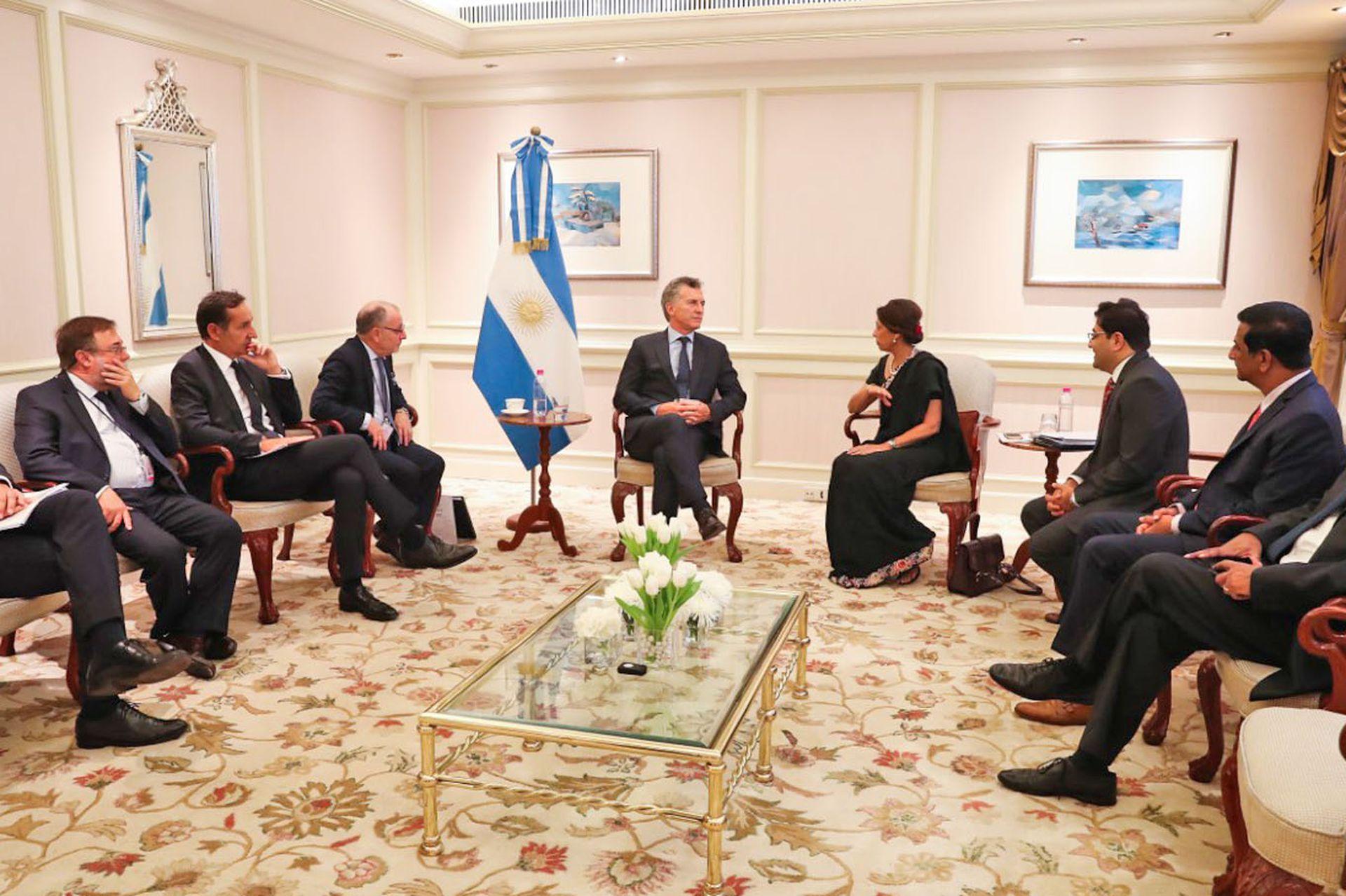 El presidente Mauricio Macri con autoridades del think tank Gateway of India