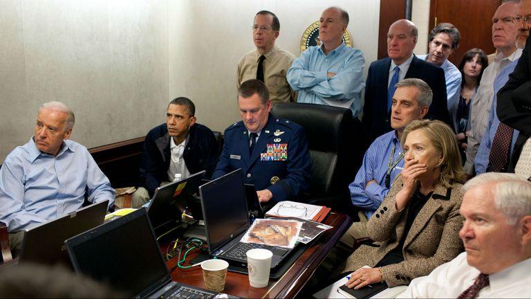 La Casa Blanca difundió esta imagen el 1 de mayo de 2011, cuando Barack Obama y Hillary Clinton recibían la confirmación de que Ben Laden había sido abatido durante un operativo de sus fuerzas especiales los Navy Seal