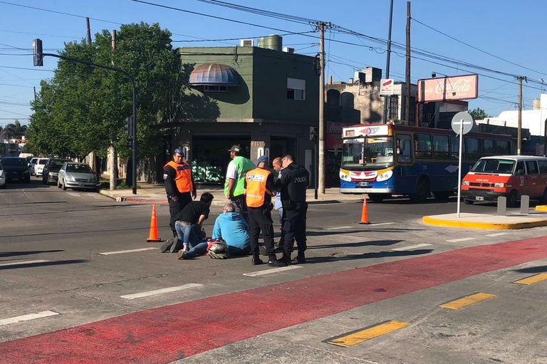 Accidentado debut del Metrobus del Oeste