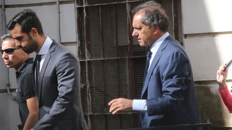 Scioli declara en la fiscalía de La Plata por enriquecimiento ilícito