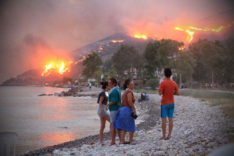 """Ola de calor: los países del Mediterráneo se convierten en un """"foco de incendios forestales"""""""