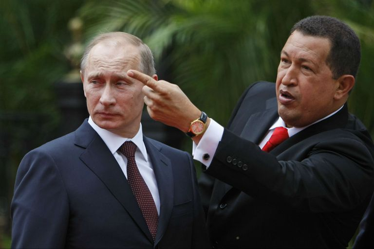 Putin con Chávez, cuando empezaban a acercarse estratégicamente