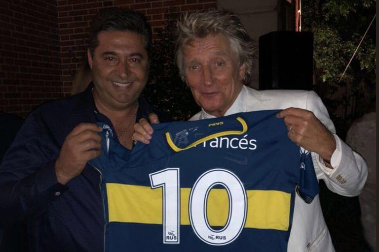 Celebridad azul y oro: la noche en que Rod Stewart se hizo hincha de Boca