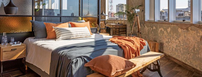 Barracas. Un loft moderno y fabril rescata las huellas de un edificio histórico