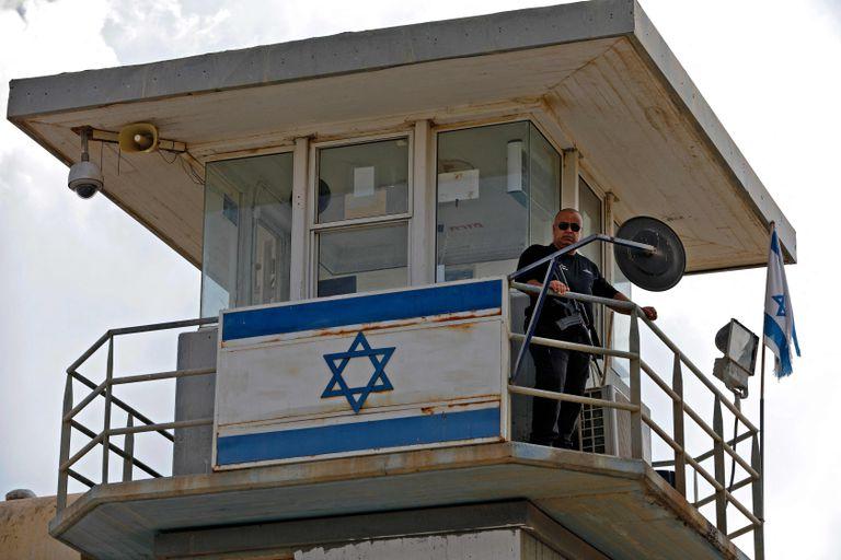 Una torre de control en la cárcel de Gilboa