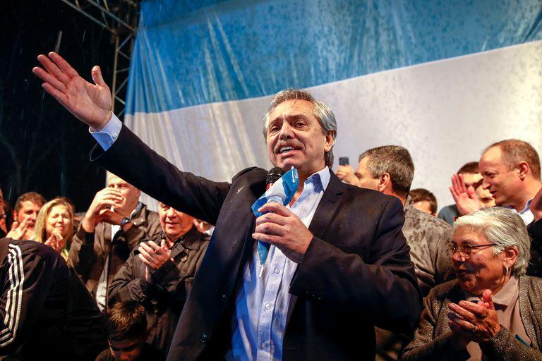 """""""Vamos a dejar de pagar los intereses de las Leliq"""", afirmó el precandidato presidencial"""