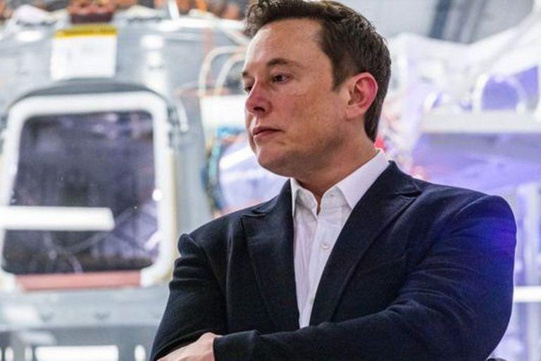 El director general de Tesla y SpaceX, Elon Musk, cuestionó al fundador de Microsoft