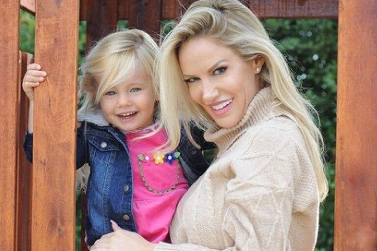 La modelo mostró la emoción de su hija Matilda por su primer día de escuela
