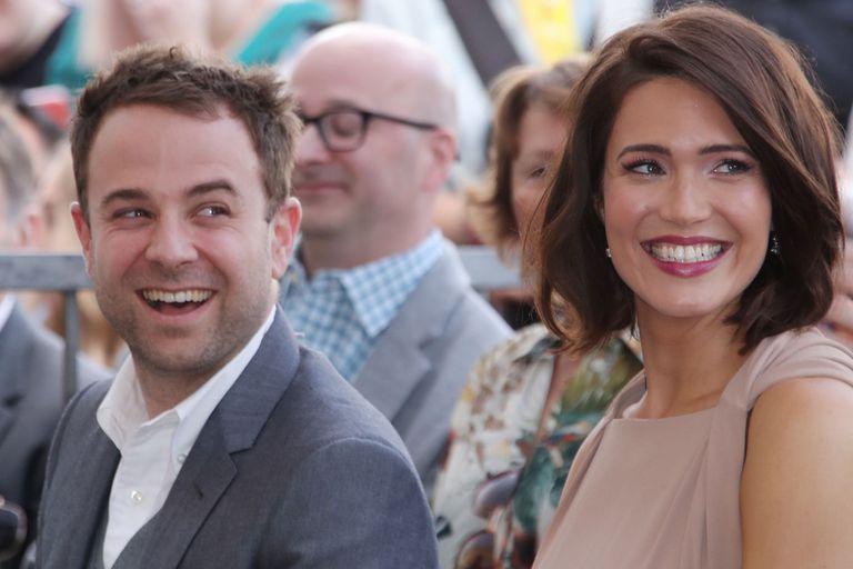 """Mandy Moore y su actual marido, el músico Taylor Goldsmith, de quien dice que es """"su persona favorita"""""""