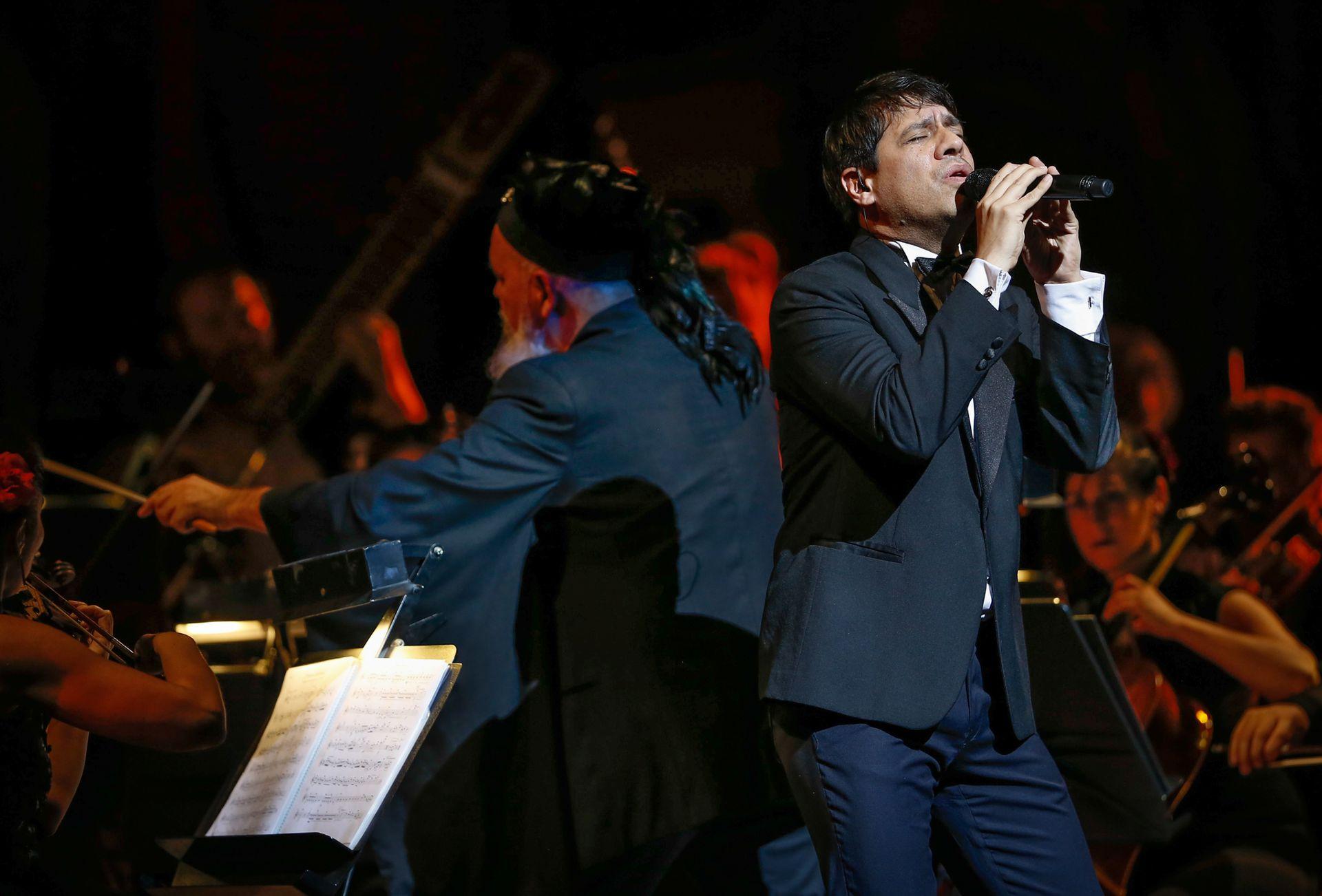 Leandro Fresco en el homenaje sinfónico a Gustavo Cerati