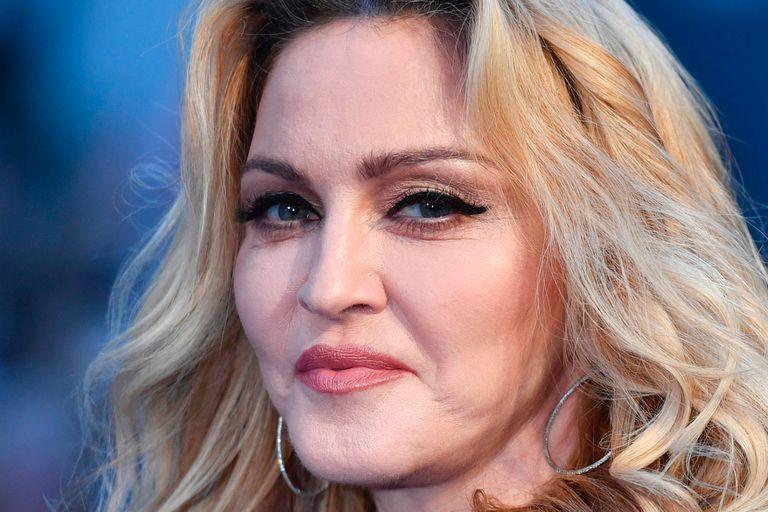Los hackers difundieron un supuesto contrato de Madonna para amenazar a la firma