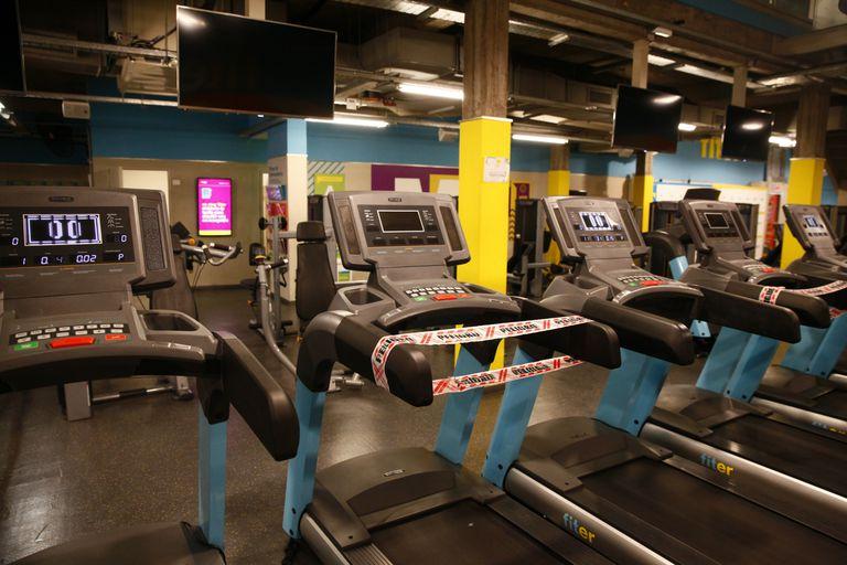 Los gimnasios son uno de los sectores más golpeados por las restricciones; con la nueva normativa, se los exime del pago de Ingresos Brutos y el ABL durante este mes y el próximo