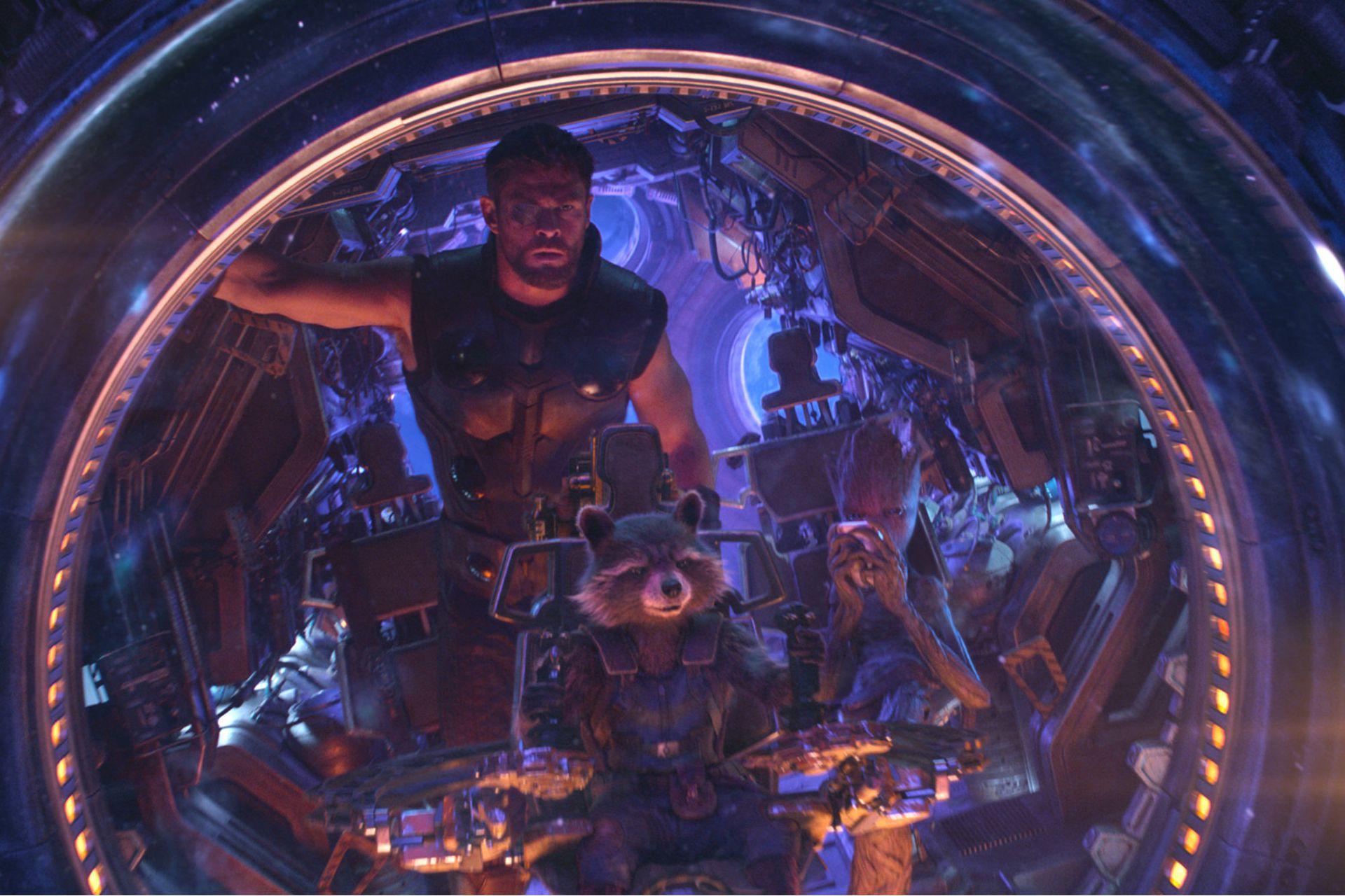 Chris Hemsworth como Thor en Avengers: Infinity War