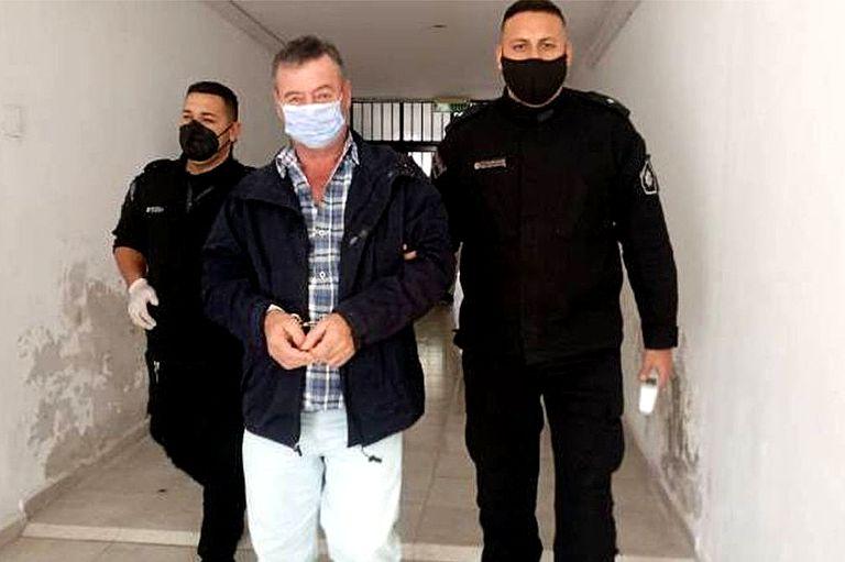 Condenado por abusar durante 20 años de su pareja y de sus tres hijastras