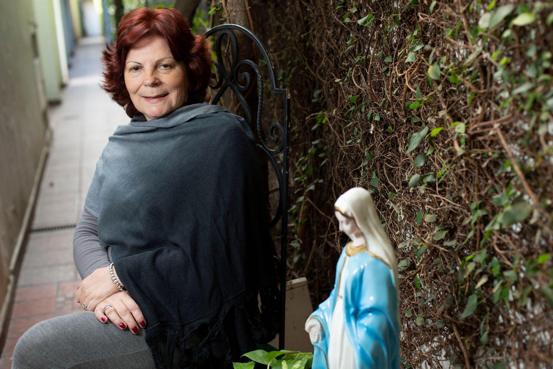 Olga Garaventa, en su casa de Banfield