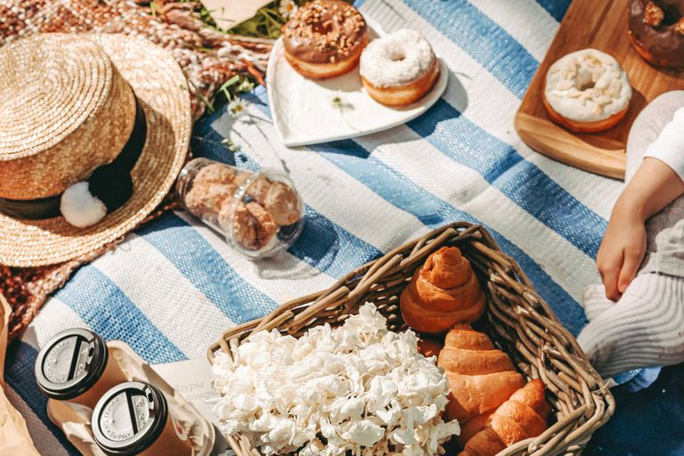 Primaverales. 5 propuestas de picnic para disfrutar al aire libre