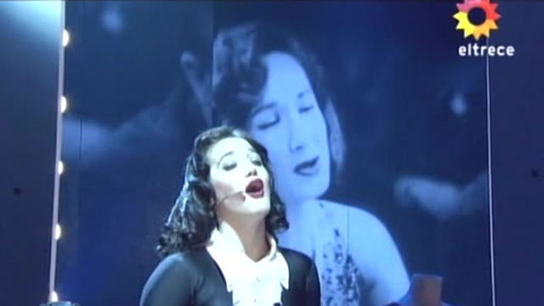Ángela Torres, en un homenaje a su abuela, Lolita Torres