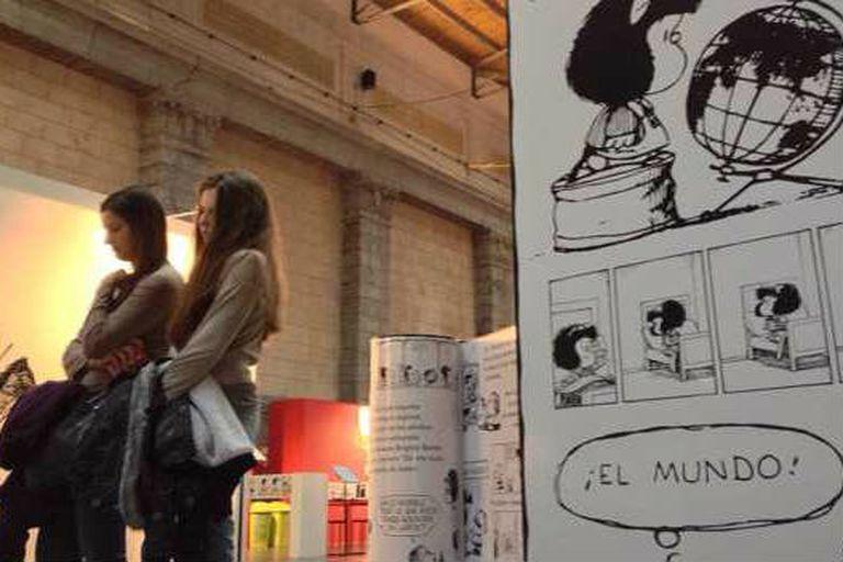 Mafalda ha sido traducida a 30 idiomas y en 50 años está en todas partes