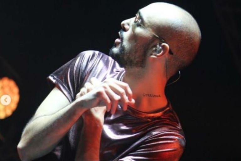 Pintos anticipó que su show sería largo, y lo llevó a cabo con pasión por la música