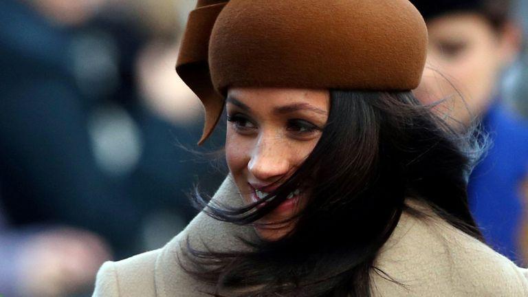 Meghan Markle también causó un fuerte impacto en el mundo de la moda