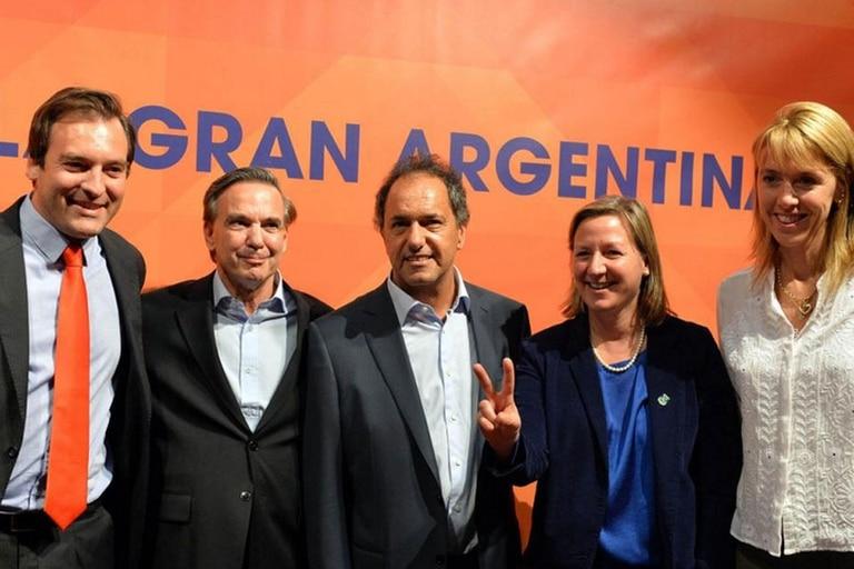 Daniel Scioli y Miguel Ángel Pichetto se mostraron juntos en Río Negro